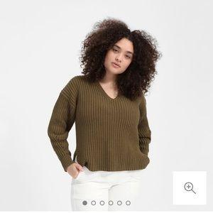 Everlane textured cotton crop v neck sweater